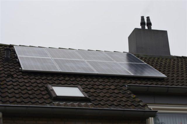 Zonnepanelen: eerste uit actie 100 zijn geplaatst
